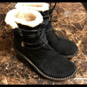 UGG Caspia Boot 3335 Women's Size 7 Black